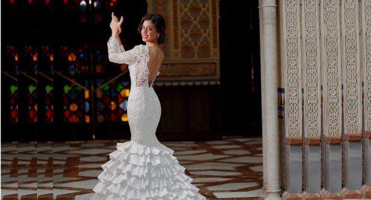 Lace Ruffled Mermaid Long Sleeve Wedding Gowns